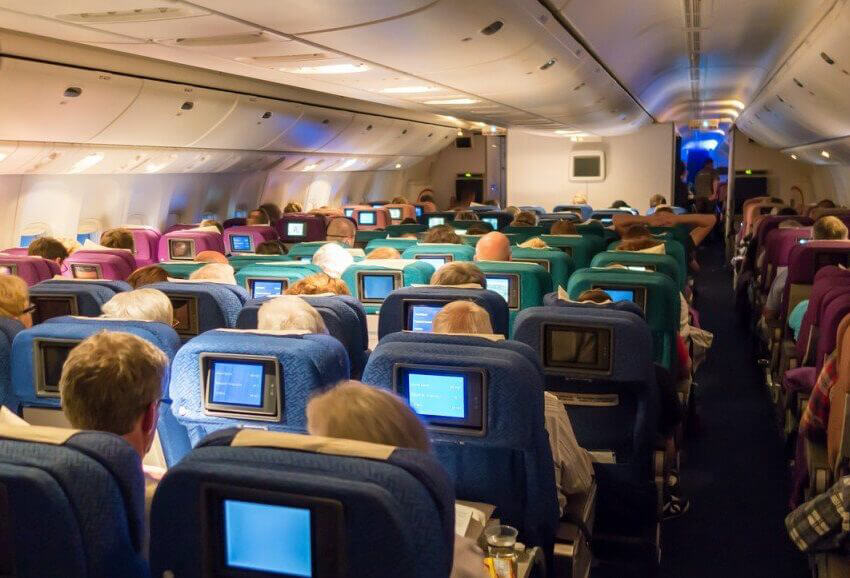 Wifi services inside airplanes